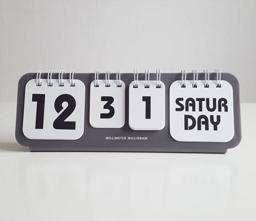 desk calendar grey